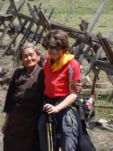 LED solar light distribution, Taktor – LED Solu Khumbu Trek, April/May 2016
