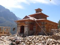 Rebuilding Pema Choling Gompa, Phakding – LED Solu Khumbu Trek, April/May 2016