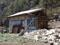 Earthquake damage, near Bengkar - LED Solu Khumbu Trek, April/May 2016
