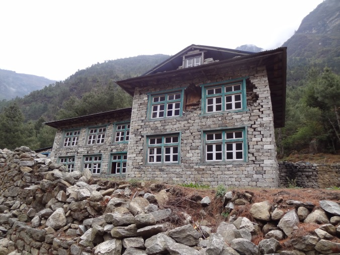 Earthquake damage - LED Solu Khumbu Trek, April/May 2016